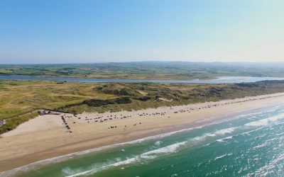 Portstewart_Strand_Beach_with_cars_on_sand_and_Atlantic_ocean_north_Coast_Co_Antrim_Northern_Ireland_3jpg_100